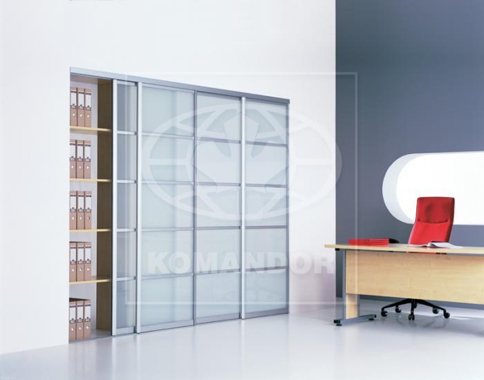 Kancelář, rámy ocel Lazuryt